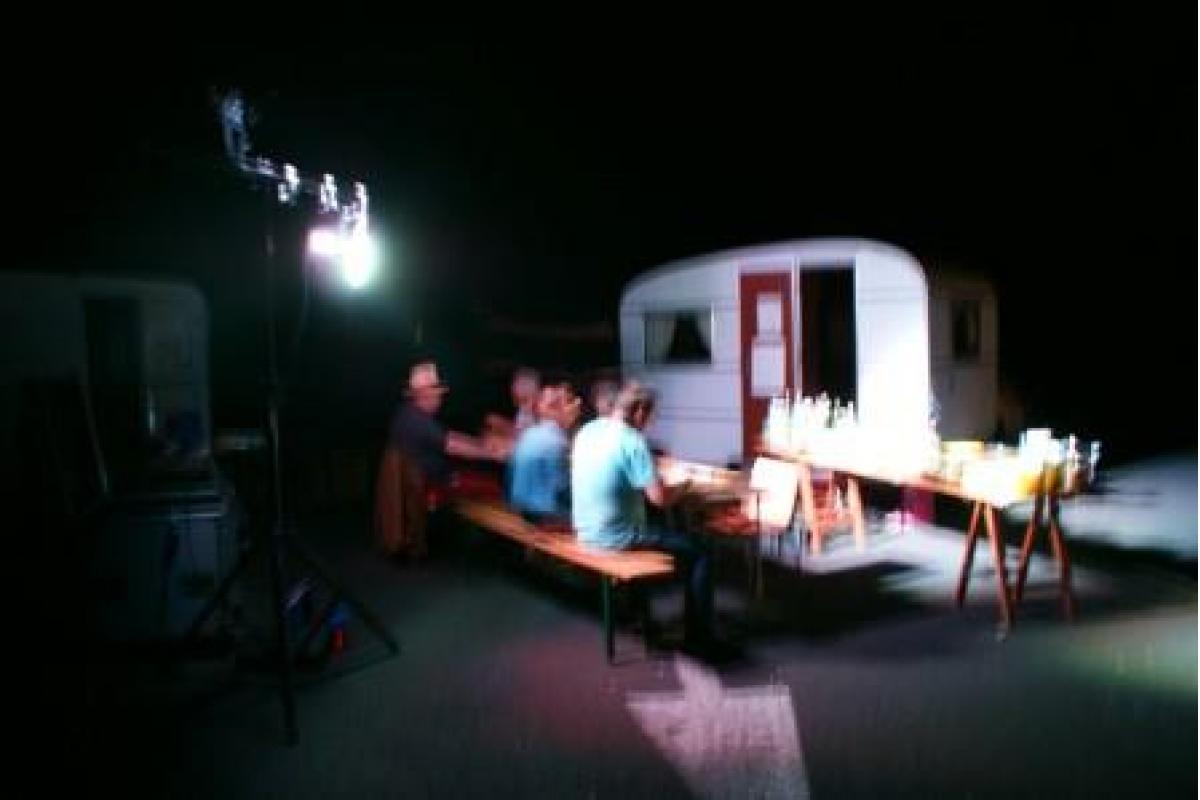 51 - Photo Coudreliens : repas de fin à 2h00 du mat