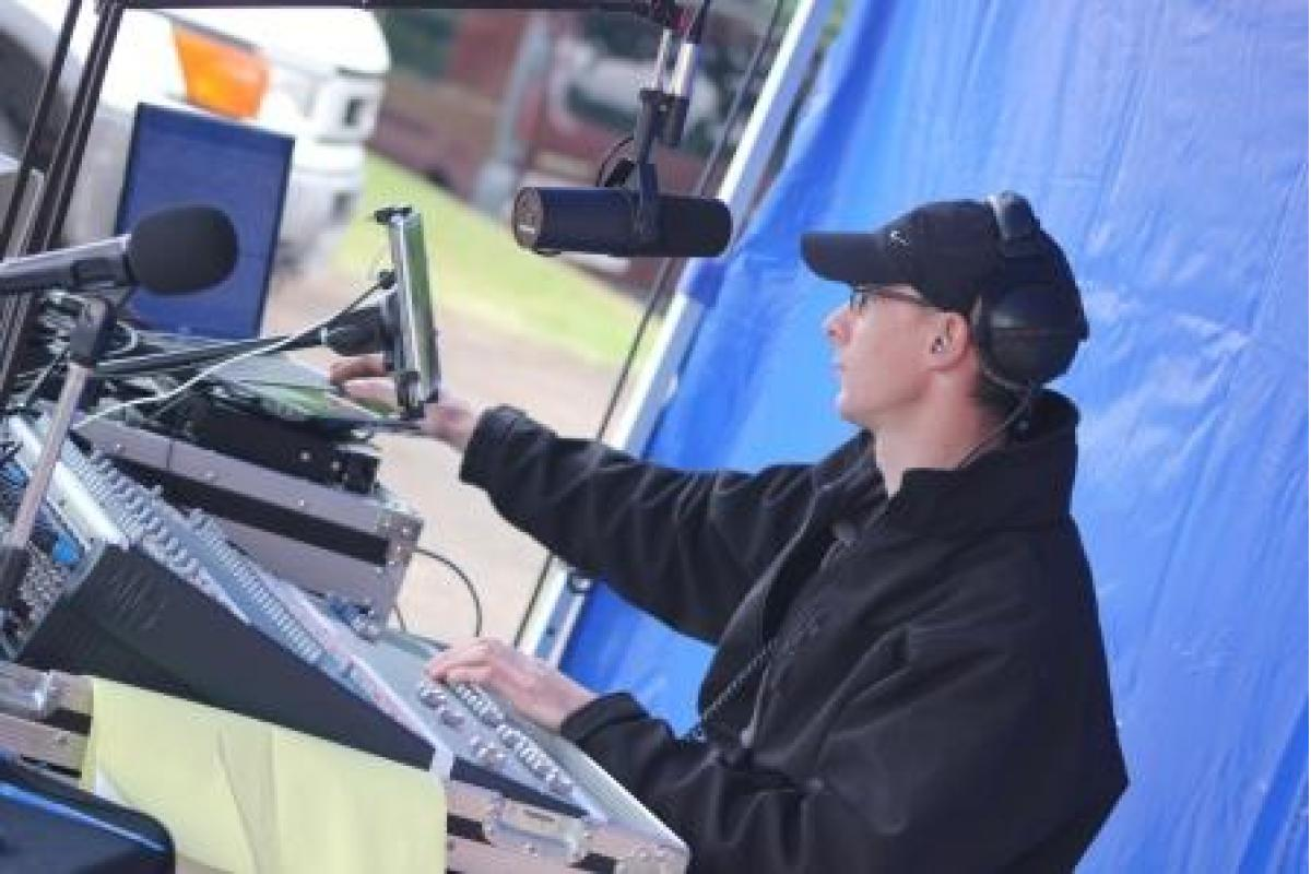 Fred à la régie radio
